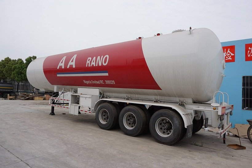 3 Axles 59.52CBM 59520Liters 30MT 30Tons LPG Gas Tanker Trailer