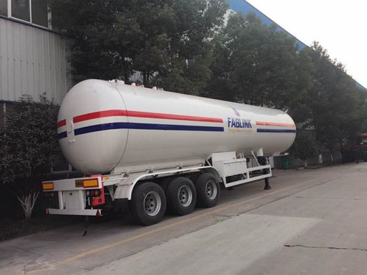 3 Axles 49.6m3 LPG Propane Tanker Semi Trailer for Sale